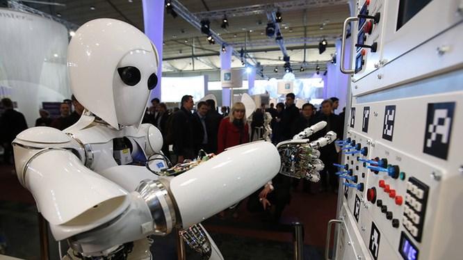 Image result for vận hành robot